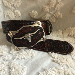 JUSTIN Boots Leather Tooled Belt w/buckle EUC 34